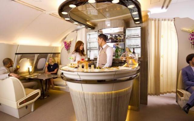 Nieuwe onboard lounge debuteert in A380 van Emirates